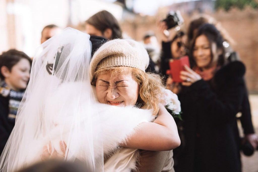 abbraccio genitori matrimonio venezia