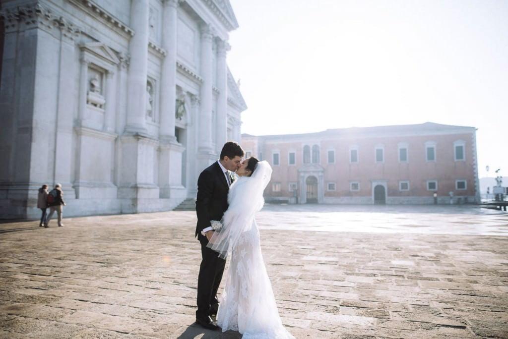 bacio sposi piazza san marco