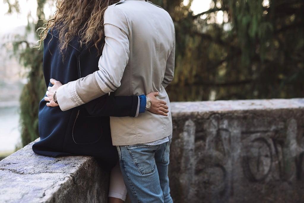 servizio fotografico di coppia verona abbraccio